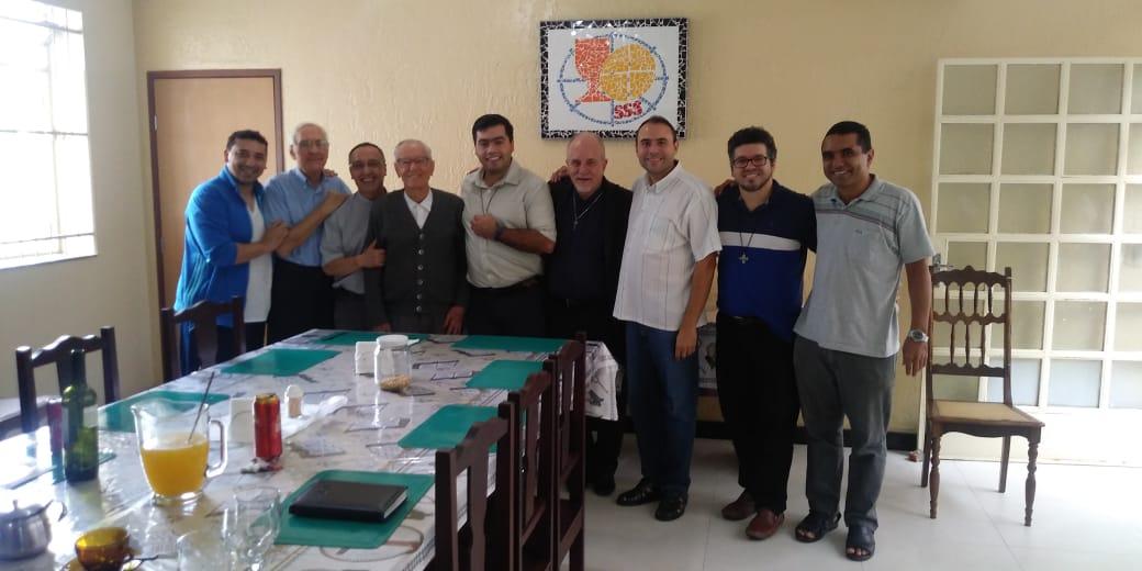 Reunião do Conselho Provincial Sacramentino é marcada com visita de Dom Aloísio Vitral