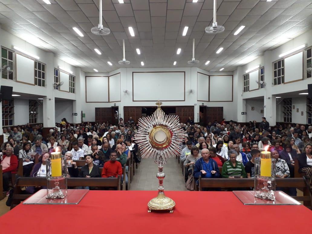 Realizada 1ª Vigília de Pentecostes do Santuário de Sete Lagoas