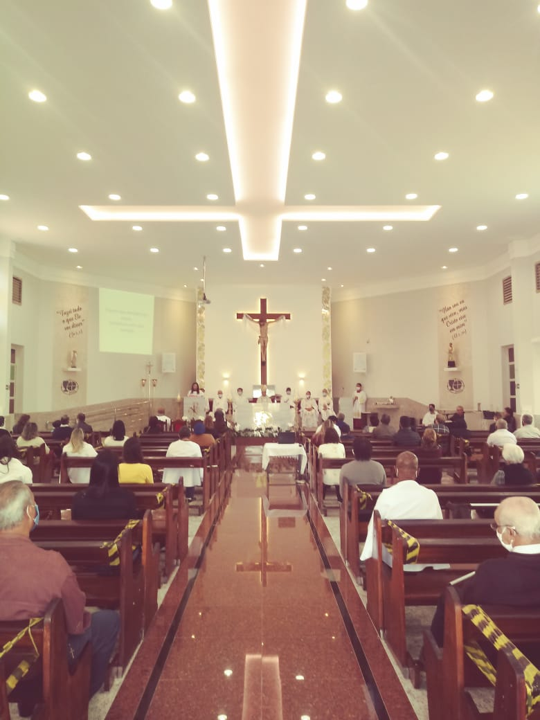 Realizada a Consagração do Santuário Eucarístico