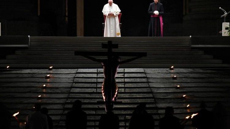 As celebrações do Papa Francisco na Semana Santa no contexto de restrições sanitárias da pandemia da Covid-19